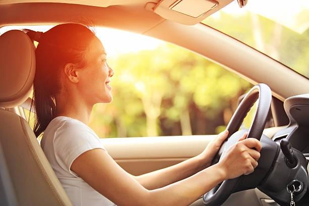 Comprobación de su aceite de motor de automóvil 5 sencillos pasos