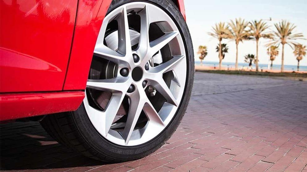¿Qué son los neumáticos de bajo perfil?