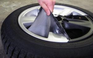 Cómo eliminar Plasti Dip de las llantas: Guía paso a paso