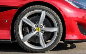 ¿Para qué se utilizan los neumáticos de bajo perfil?